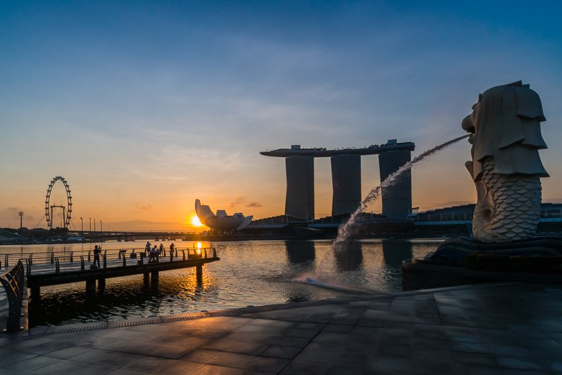 Singapur Highlights, Merlion an der Marina Bay, Sonnenaufgang, Singapore Flyer